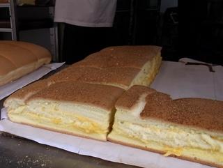 チーズカステラ2.JPG
