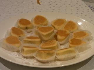 パイナップルケーキ.JPG