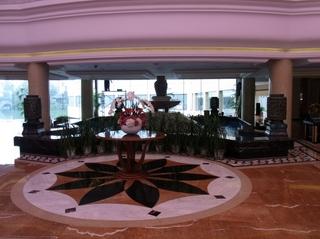 ホテルロビー.JPG