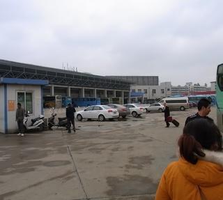 揚州バス停2.jpg