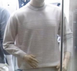 このセーターを.JPG