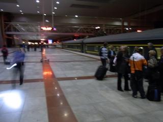 ラサ駅.JPG