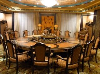 円卓の部屋.JPG