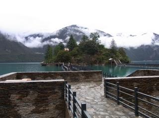 湖心島への道.JPG